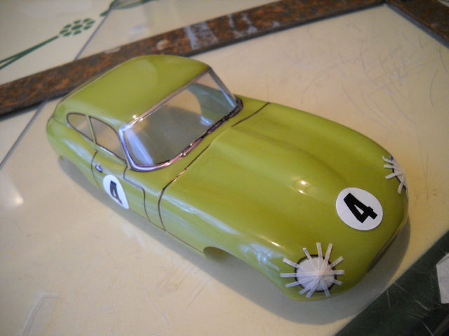 Kemtron Jaguar build 005.jpg