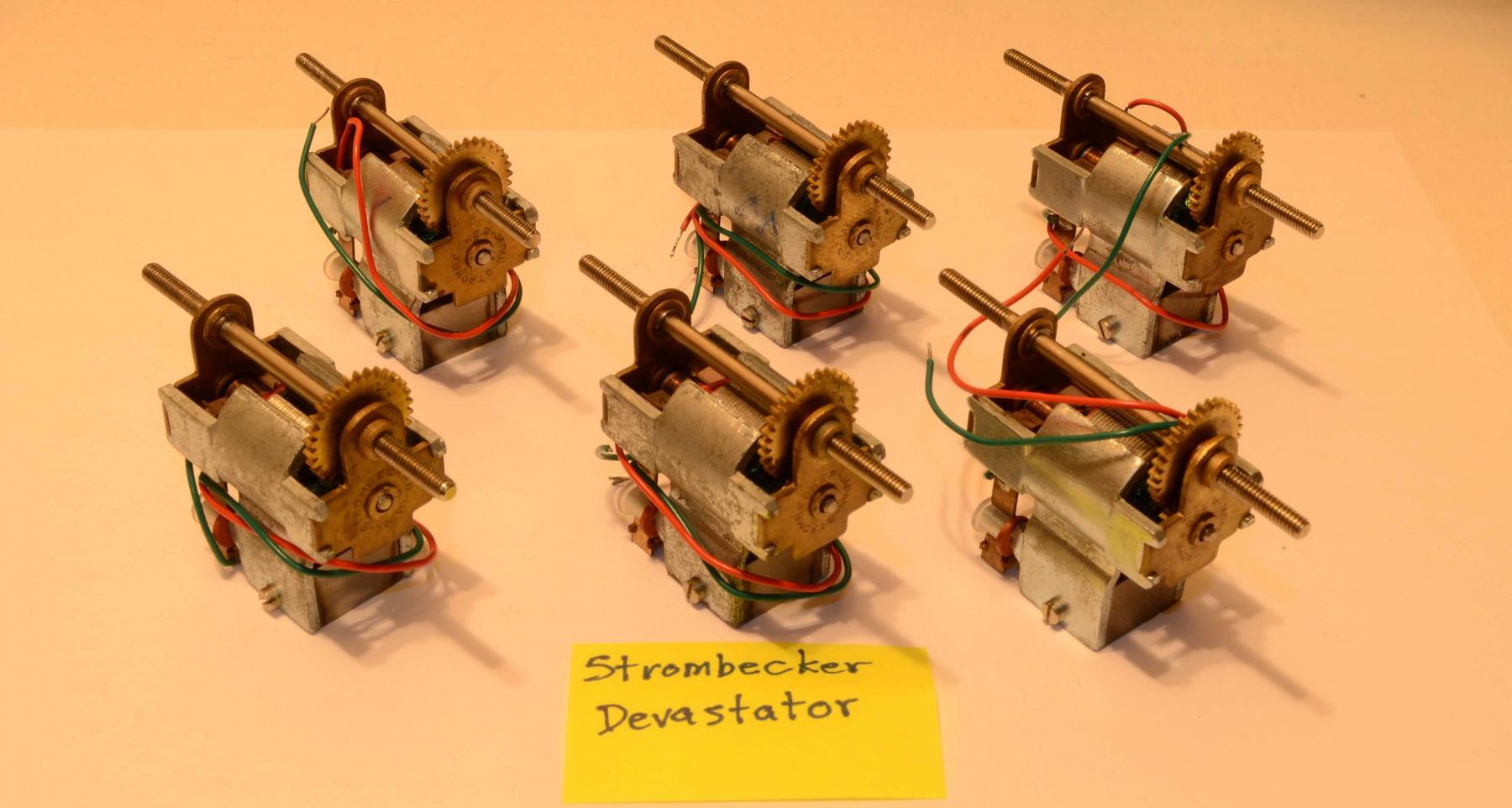 DSC_0433_Strombecker Devastator (six - back).jpg