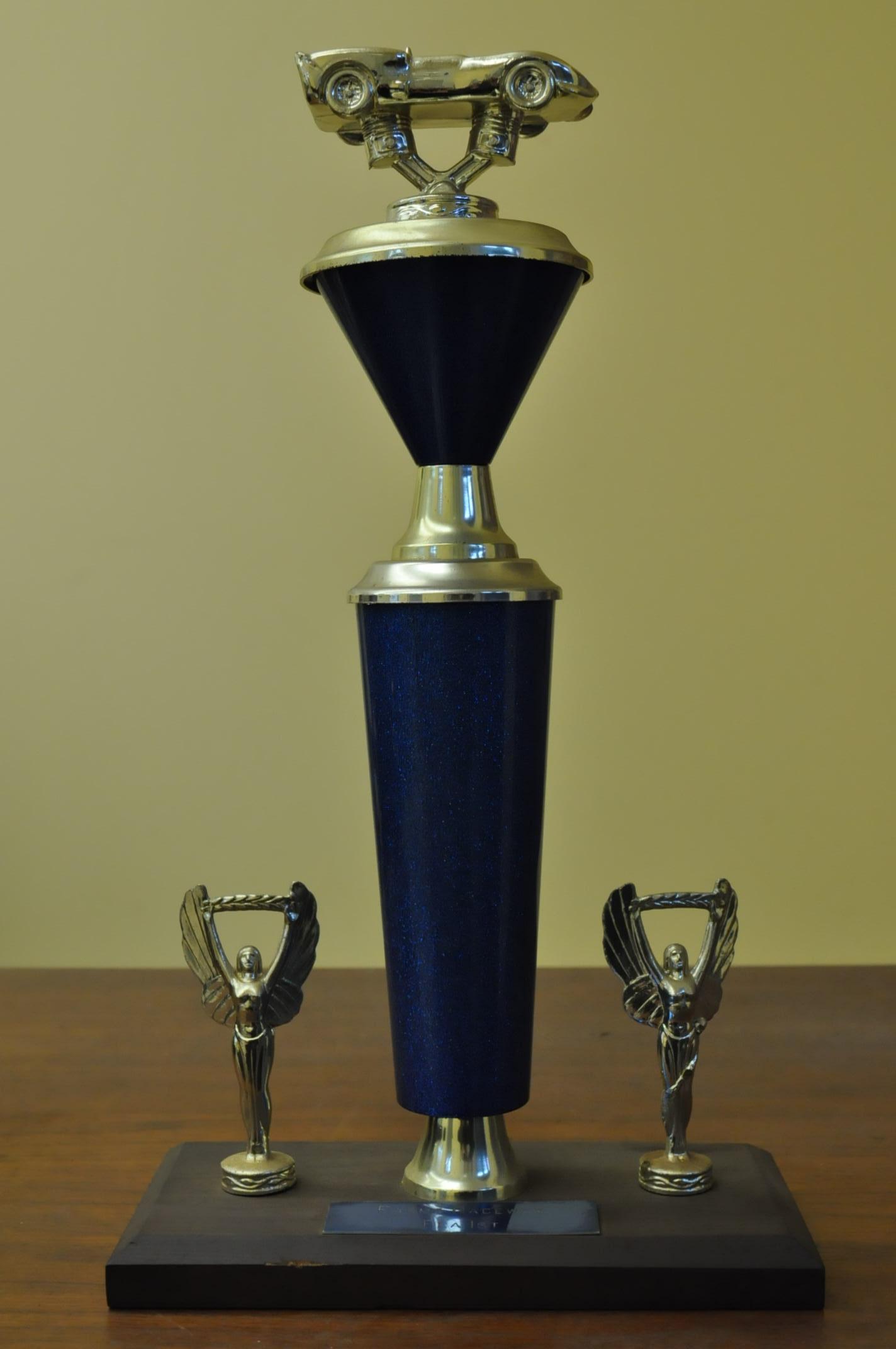 trophy 020.JPG