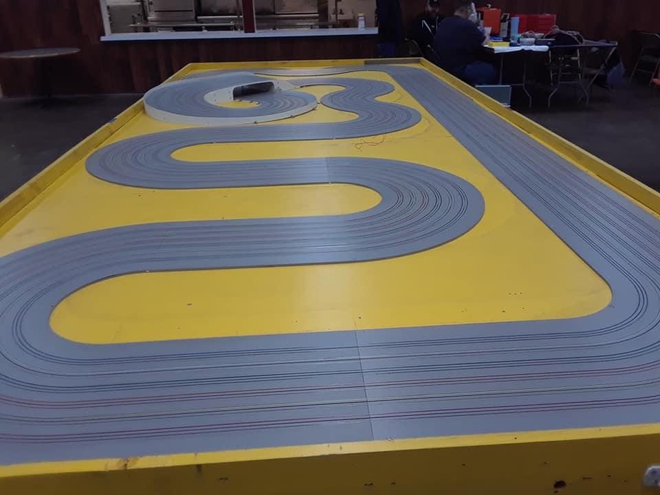 HO Track Yellow.jpg