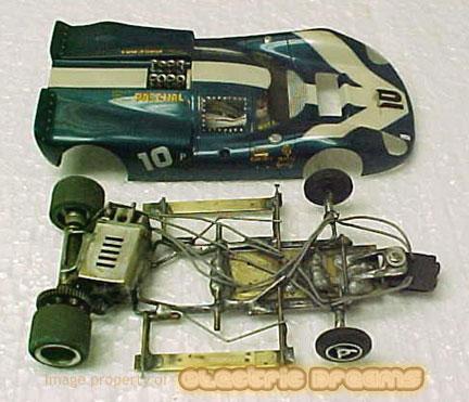 GeneHustings1stProCompetitveSidewinder chassis1967.jpg