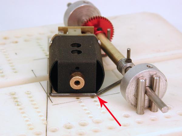 6808 HUPA 132 MB Knee Position.jpg