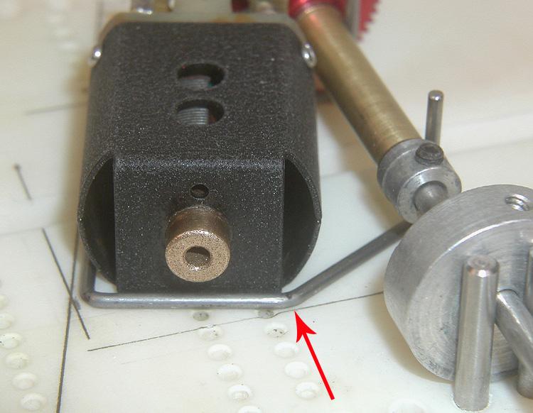 6808 HUPA 142 MB Knee Position.jpg