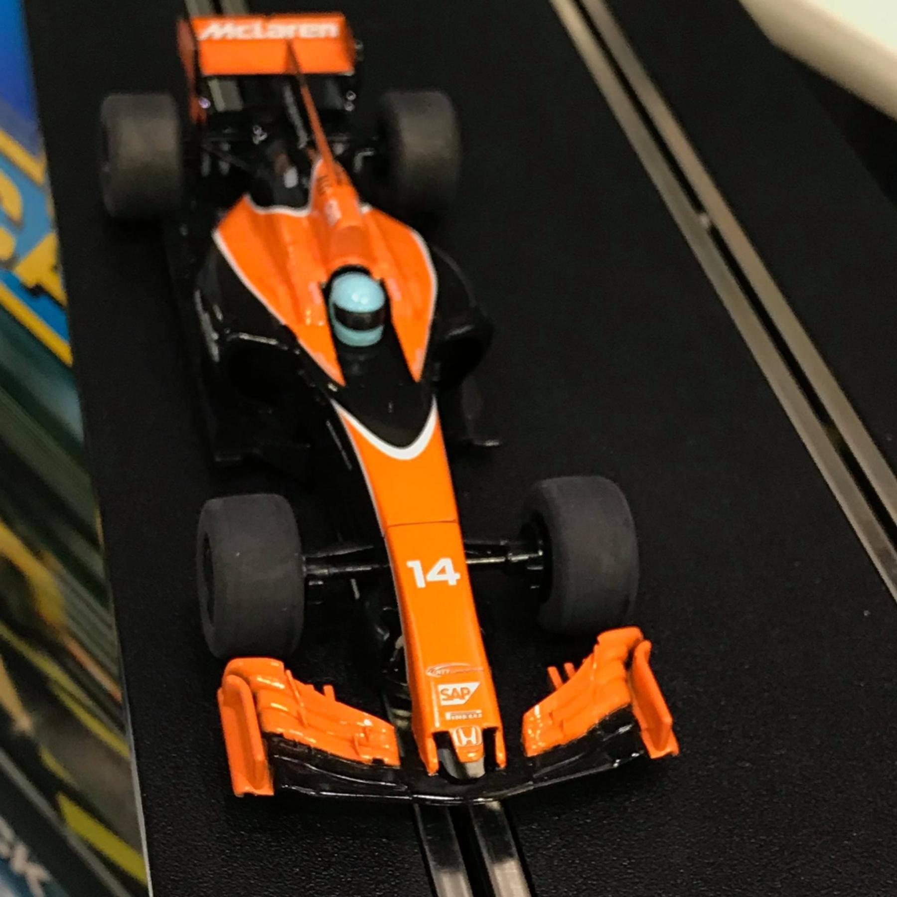 McLaren R.jpg