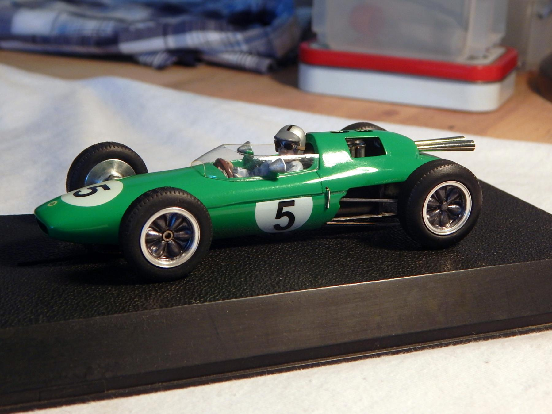 Lotus 24-1.jpg