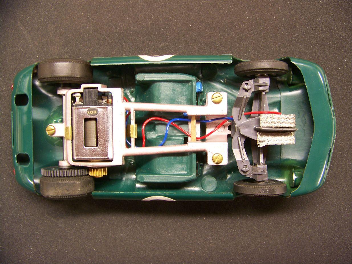 Lotus 40  c              rtr.JPG