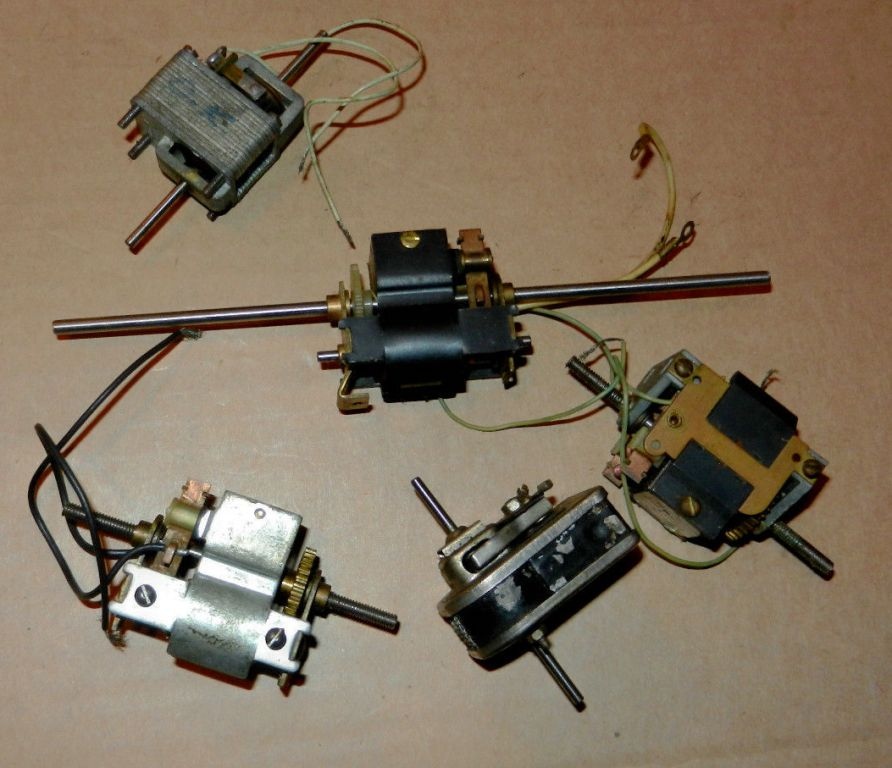 5 motors.jpg