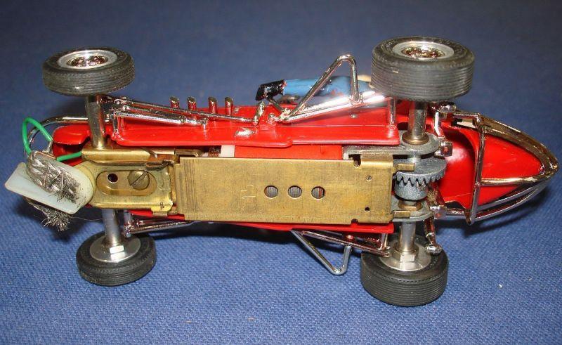 monogram-124-scale-midget-racer-slot-car-runner-brass-chassis.jpg