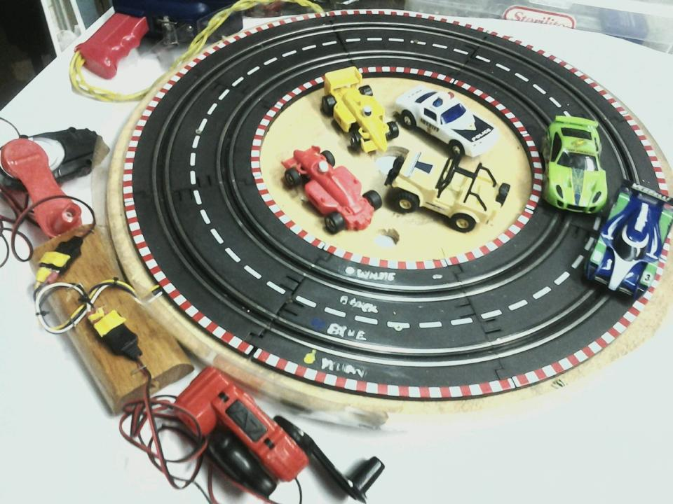 Spin Racer Circle Track with clear walls.jpg