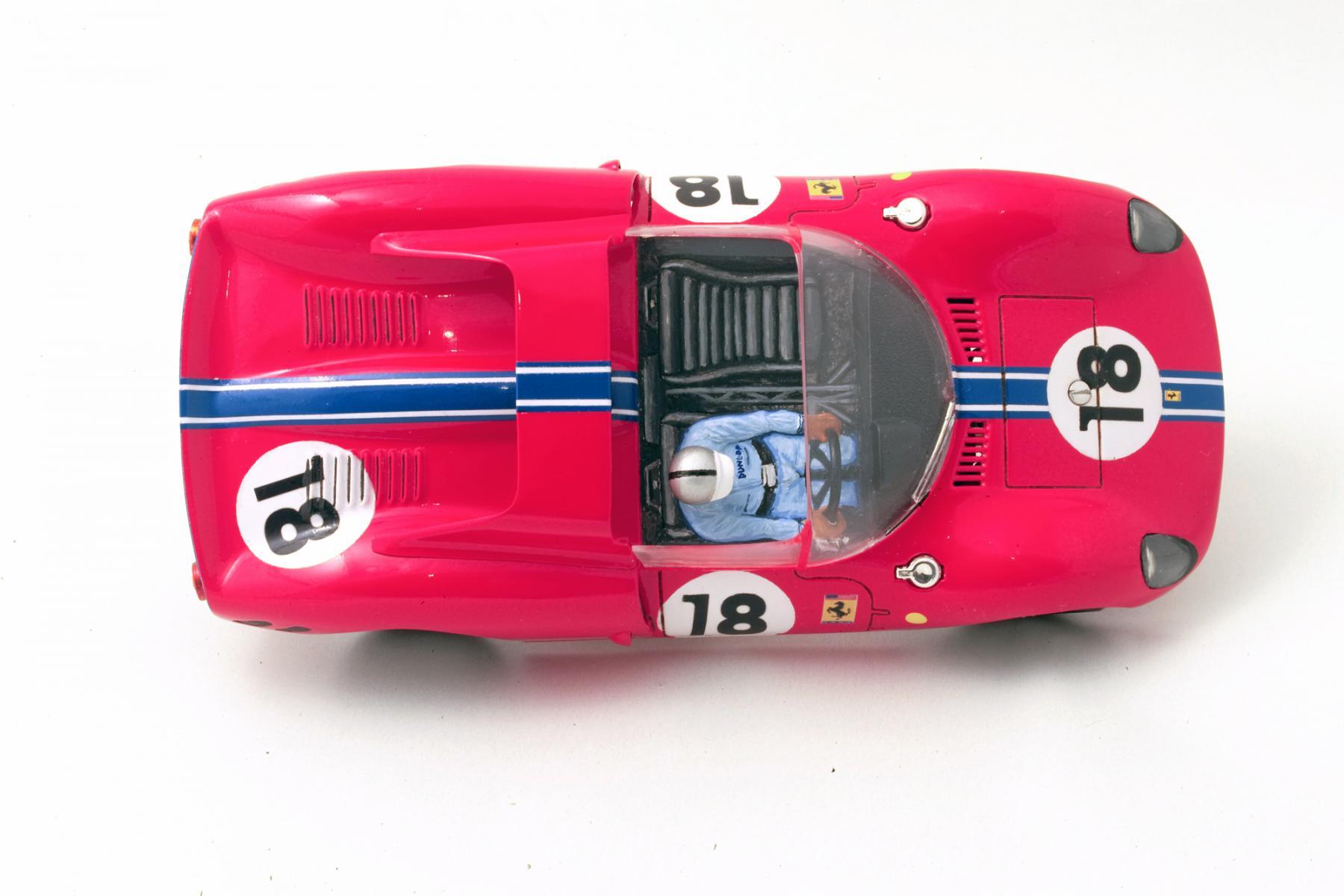 Ferrari-365-P2-Tamiya-011.jpg