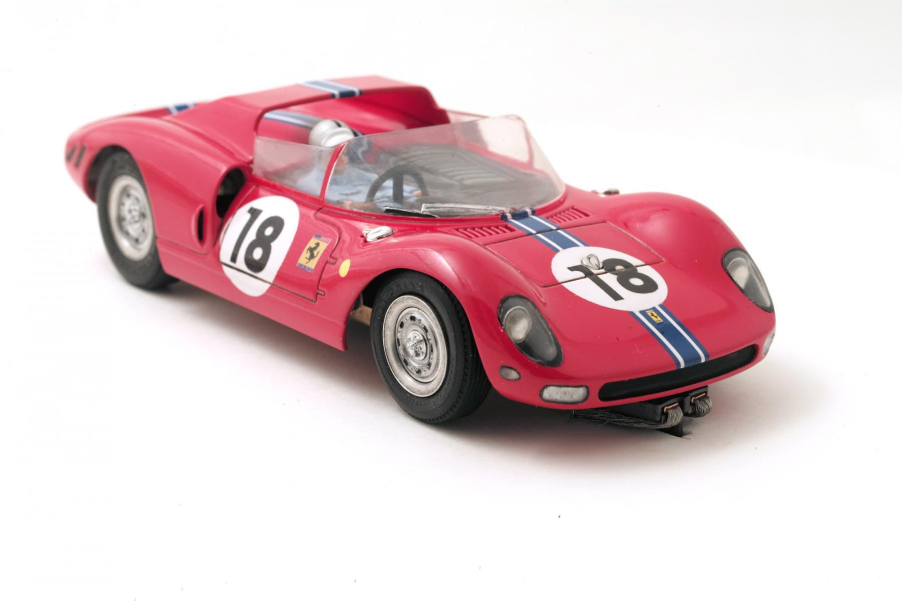 Ferrari-365-P2-Tamiya-005.jpg