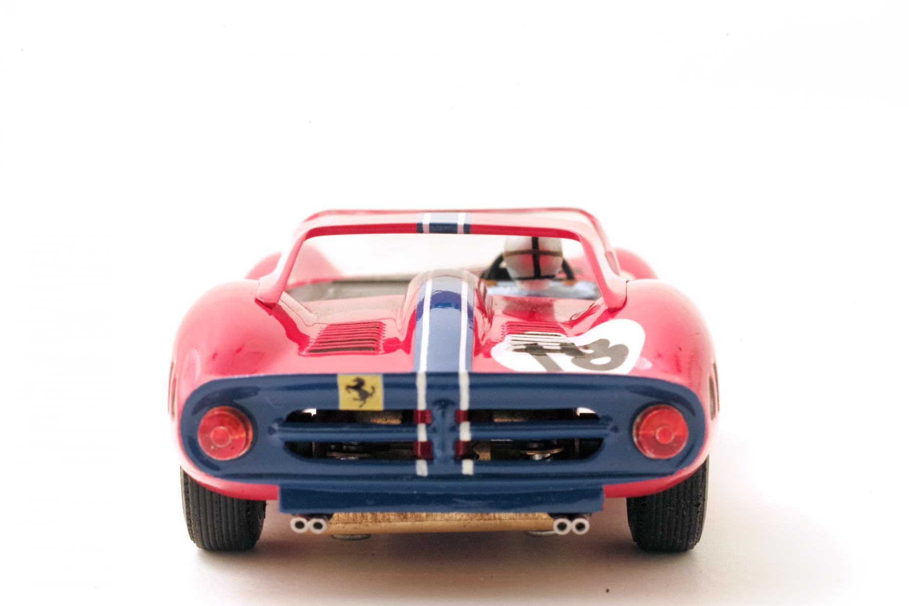 Ferrari-365-P2-Tamiya-003.jpg