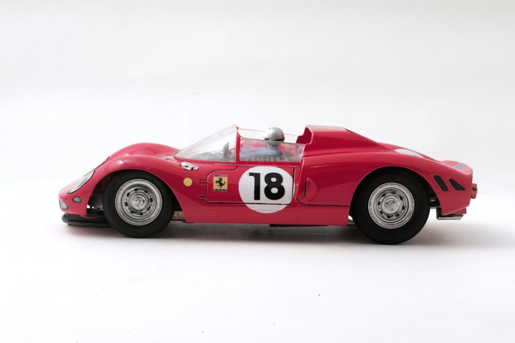 Ferrari-365-P2-Tamiya-002.jpg
