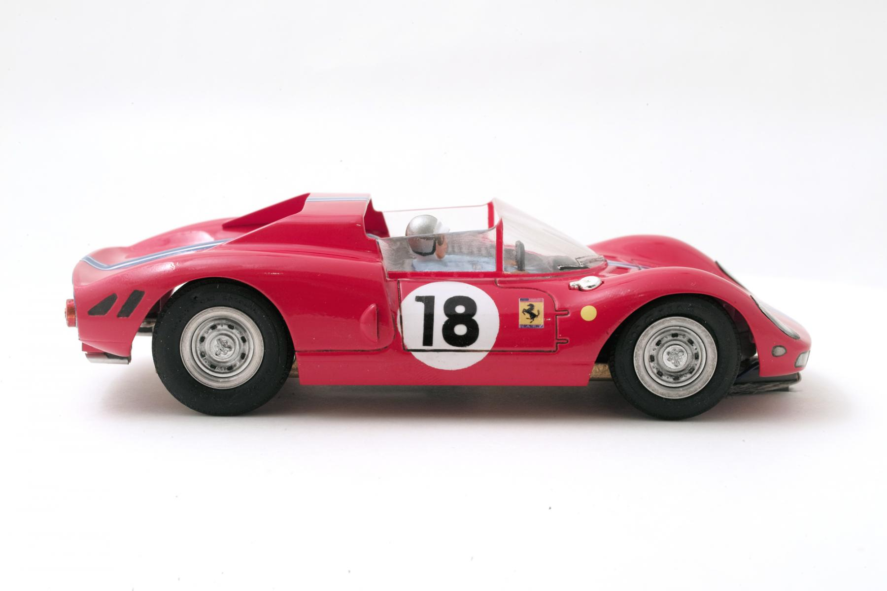Ferrari-365-P2-Tamiya-001.jpg