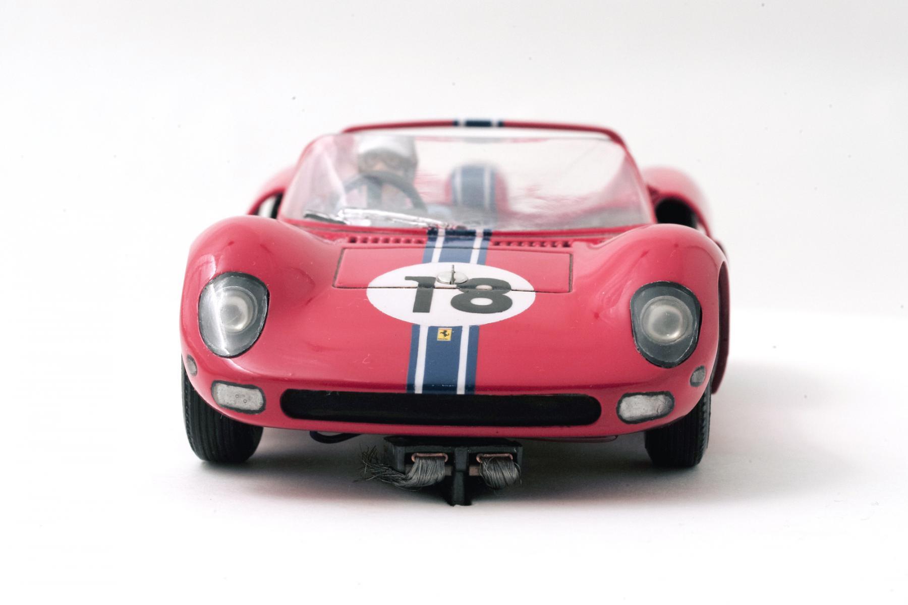 Ferrari-365-P2-Tamiya-004.jpg