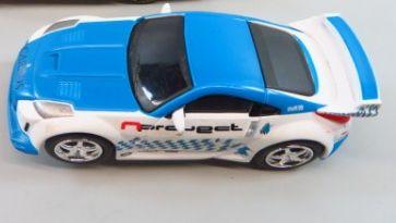 NissanB.jpg