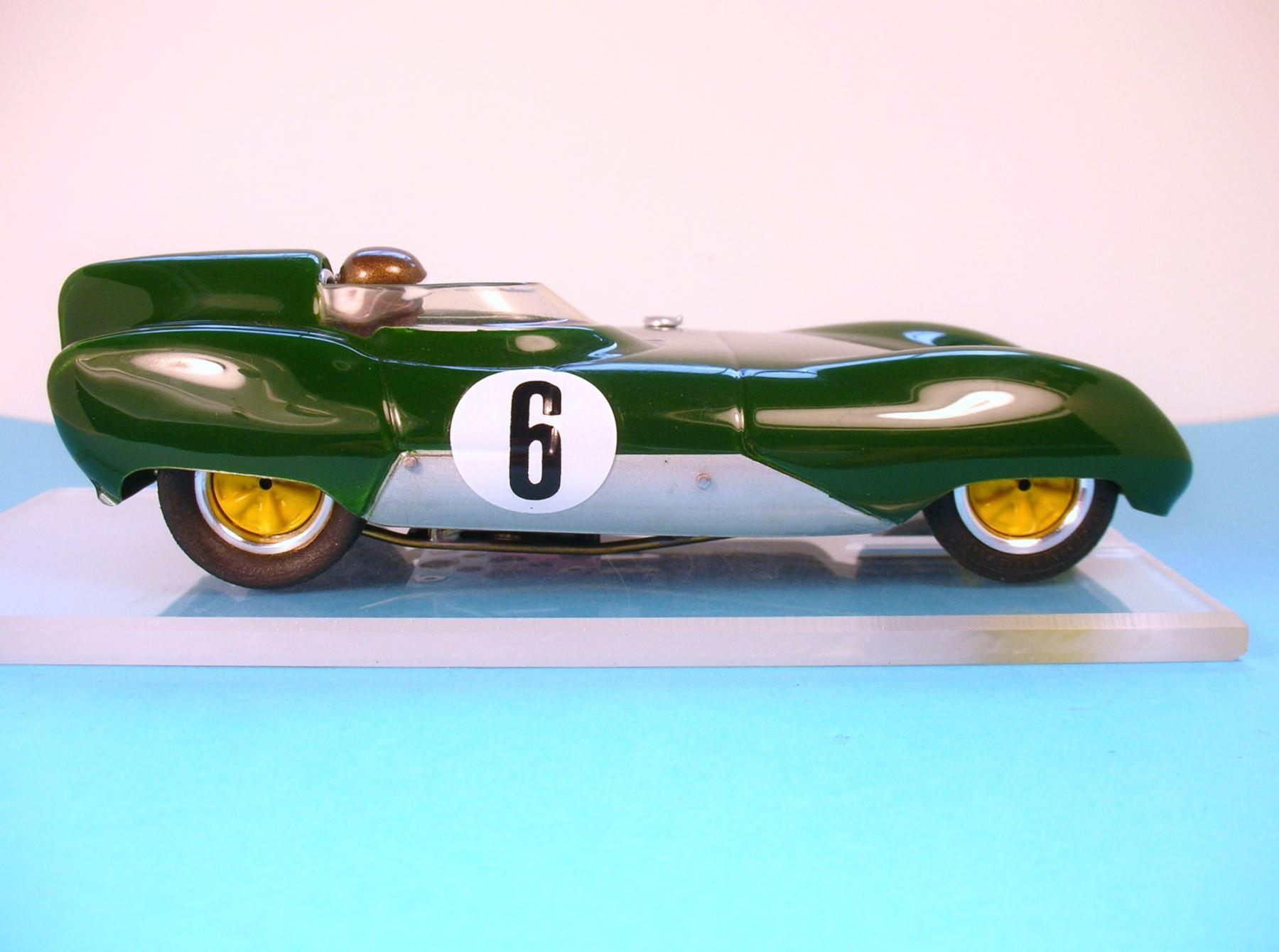 Lotus 11 003.JPG