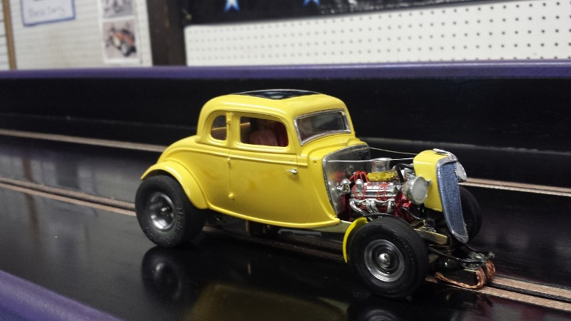 Rodney Yellow '34 Ford now in A-Altered class on track (800x450).jpg
