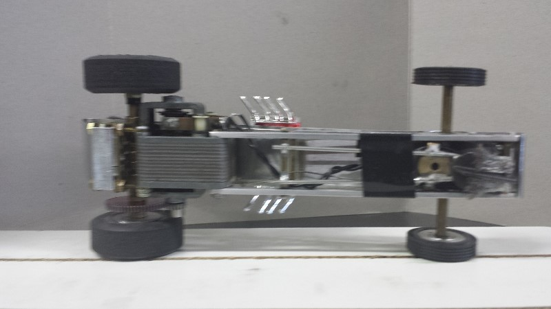 Aluminum bodied dragster short wheel base2 Rodney (800x450).jpg