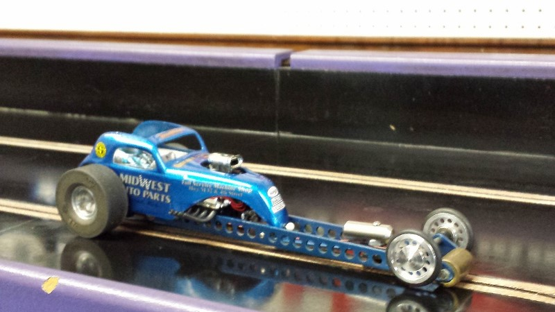 Charles Carnell Blue Fiat Dragster D Dragster on track (800x450).jpg