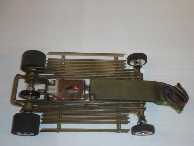 Lancer McLaren Mk8 chassis-2.JPG