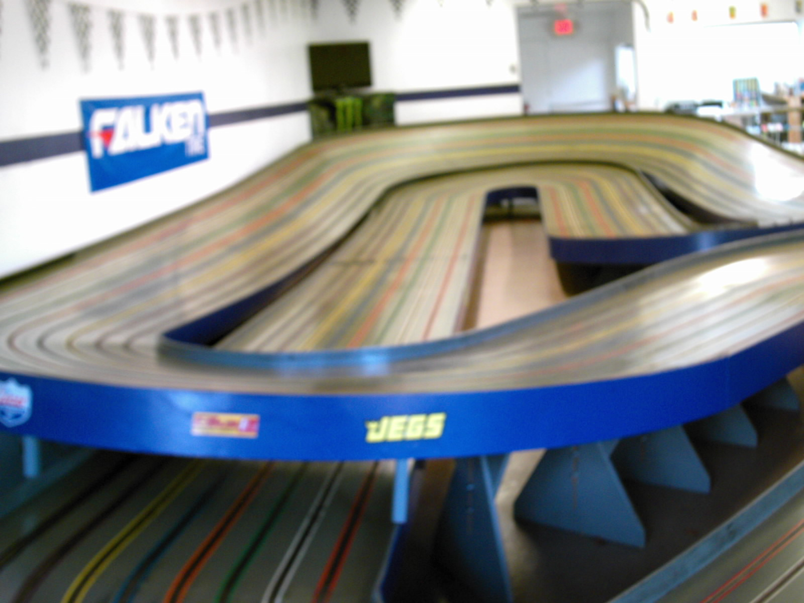 slot car track and bussiness document sighn on 009.JPG