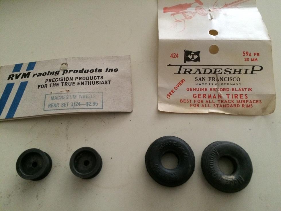 132 mag dragstewr tires.jpg