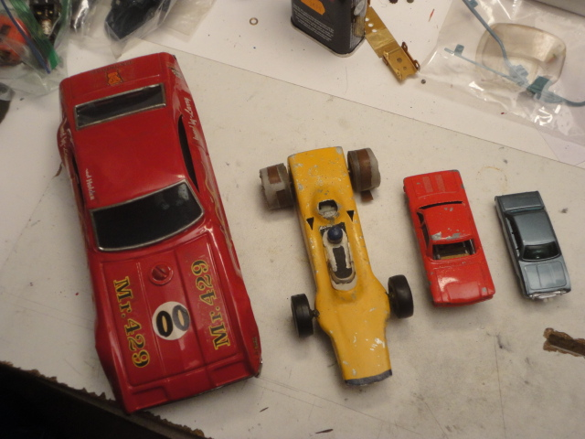 metal body slot cars-1.JPG