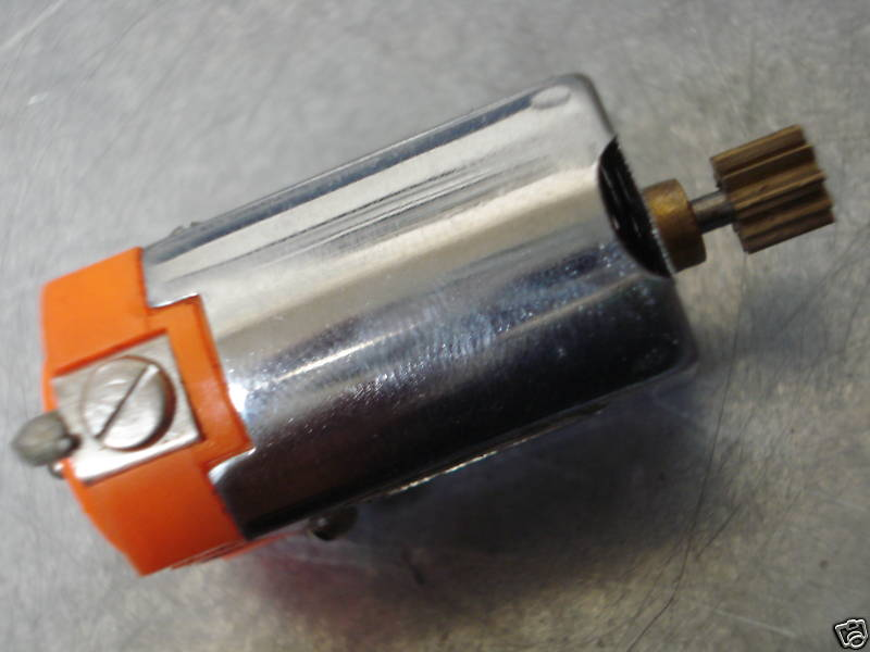 Pactra Hemi X-88 02.jpg