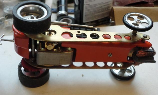 Lindberg 4-banger Kemtron chassis.jpg
