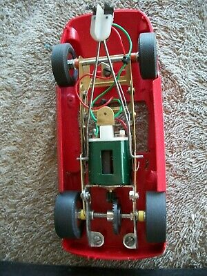 1964-Monogram-1-24-Ferrari-275-P-slot-car-2-_1.jpg