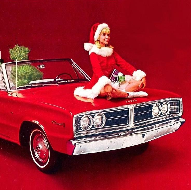 9aa84097445374497e27dab07497cf24--christmas-cars-modern-christmas.jpg