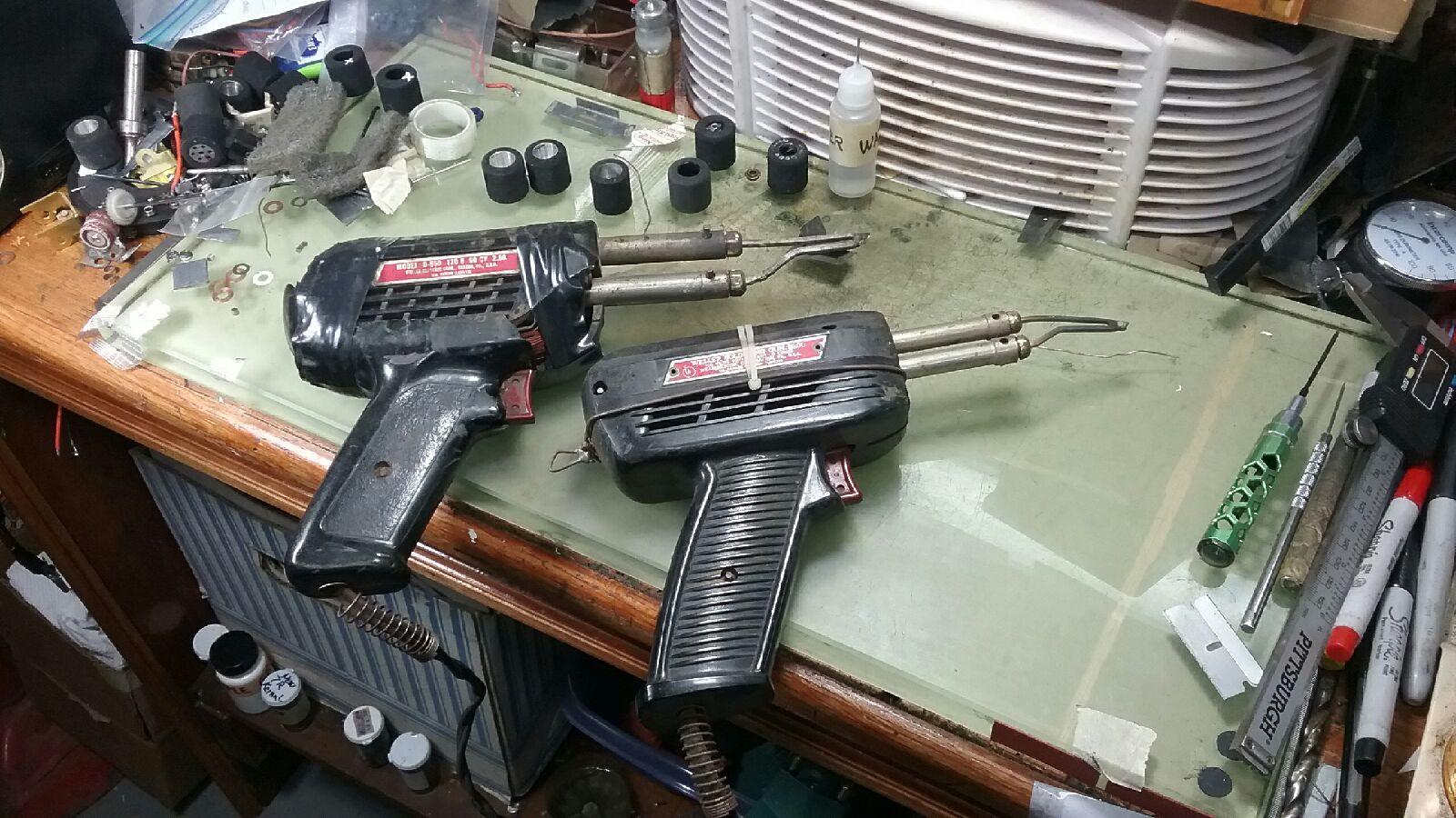 soldering gun 2.jpg